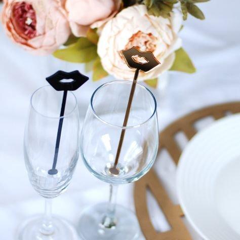Personalizēti glāžu dekori - dzērienu maisīšanas kociņi